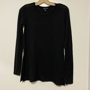 Tops - Black long top with slits on the sides